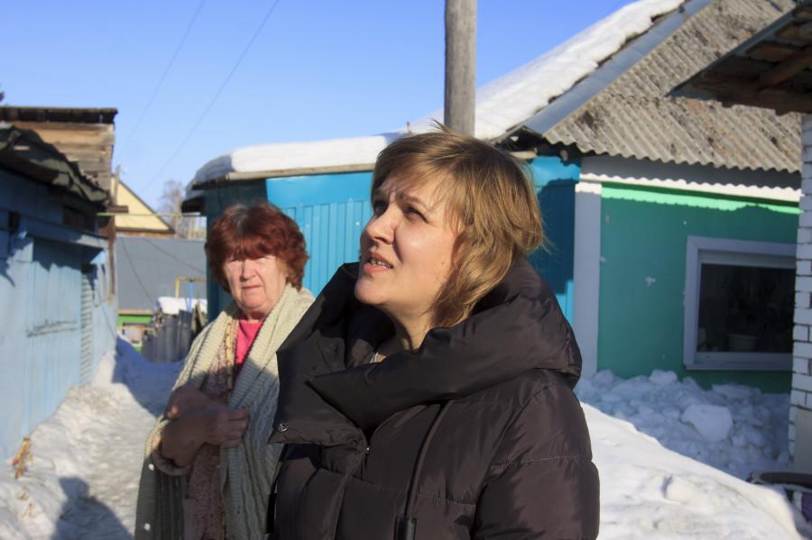 Жительницы проезда Ярославский Наталья Бобровских и Ольга Шишкина.
