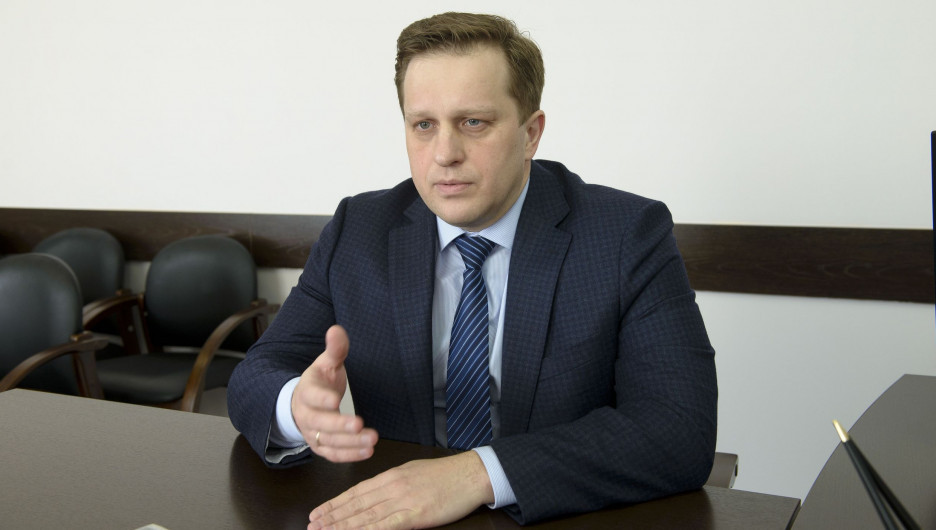 Дмитрий Попов.