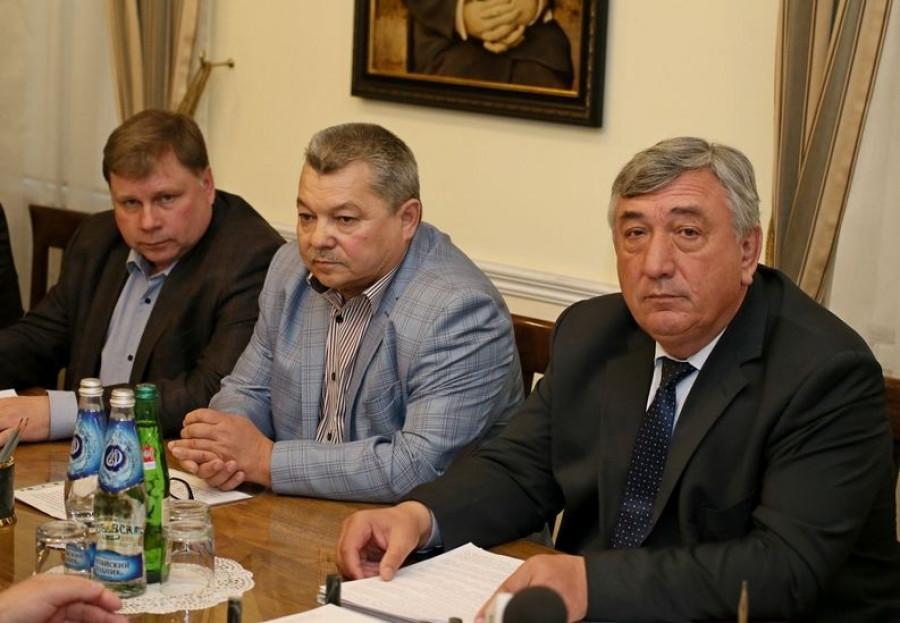 Встреча алтайских фермеров и губернатора Виктора Томенко