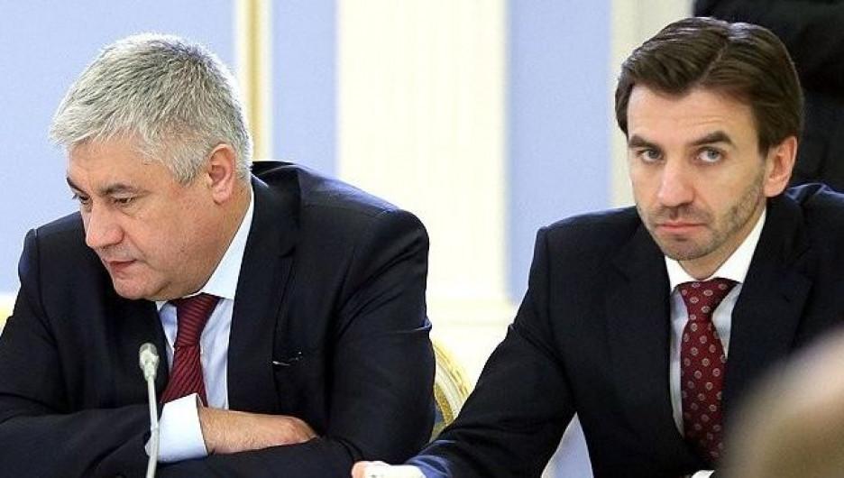 Глава МВД Владимир Колокольцев и Михаил Абызов.