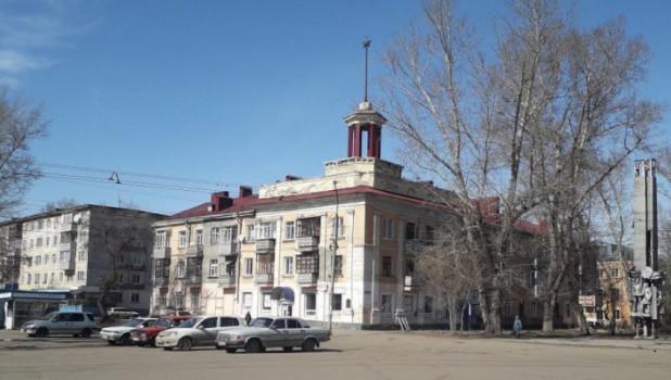В Рубцовске разрушается «дом под шпилем».