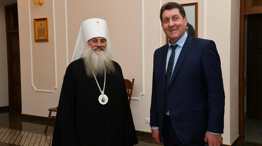Сергей Дугин и митрополит Барнаульский и Алтайский Сергий.
