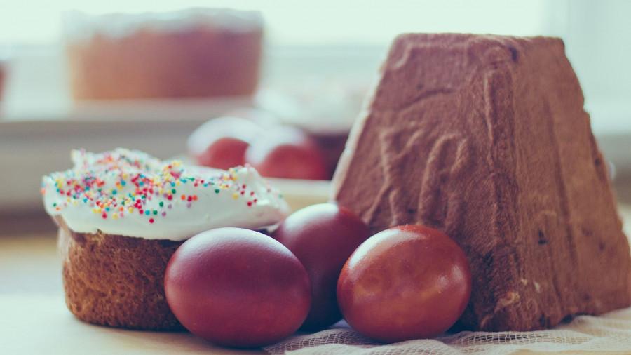 Кулич, пасха и крашеные яйца