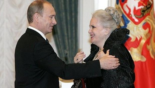 Владимир Путин и Элина Быстрицкая, 2008 год.