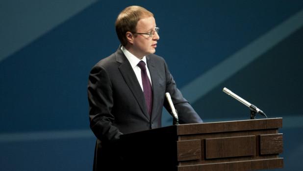 Виктор Томенко отчитался о доходах. В 2019 году губернатор заработал меньше, чем в предыдущем