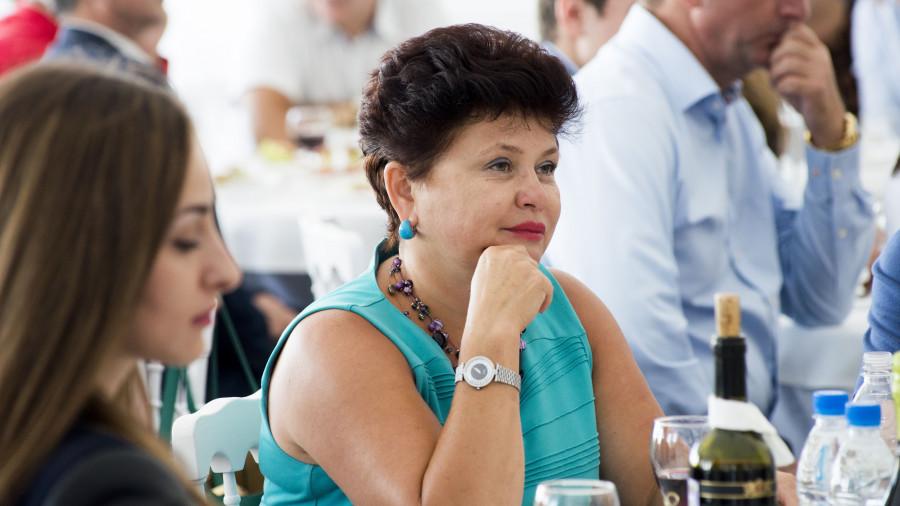 Стелла Штань, представитель губернатора и правительства в АКЗС.