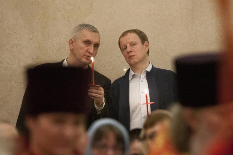 Ночная служба на Пасху в Барнауле.
