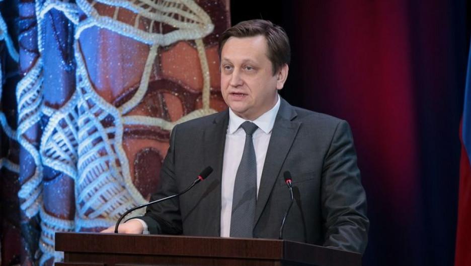 Министр Костенко рассказал в прощальном интервью, чем гордится и какие проблемы решает сфера образования в Алтайском крае