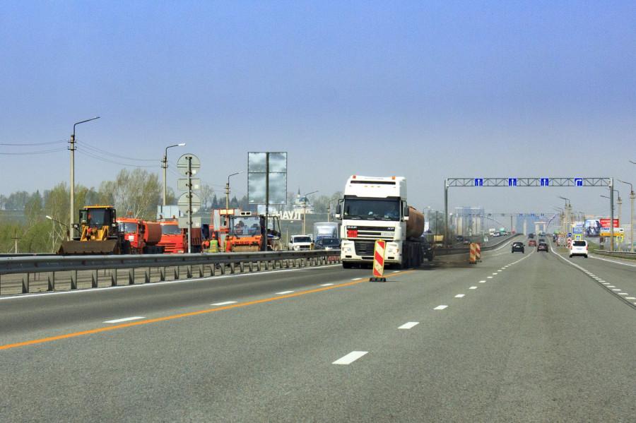 Ремонт дороги на Новом мосту в Барнауле. 8 мая 2019 года.
