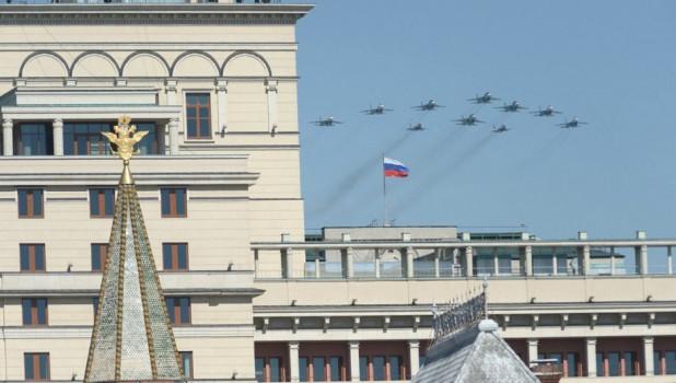 Авиация на Параде Победы в Москве, 2014 год.