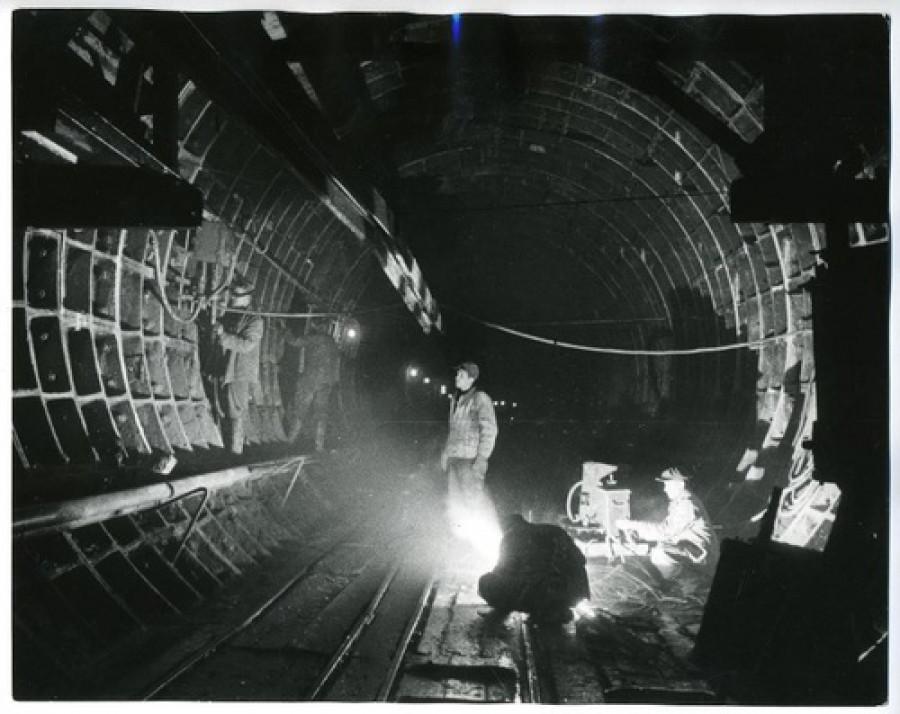 Строительство первой линии метро