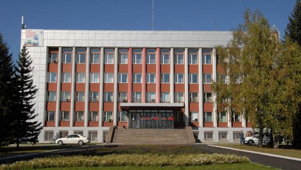 """""""Неожиданно"""" уволенного алтайского чиновника снова взяли во власть"""