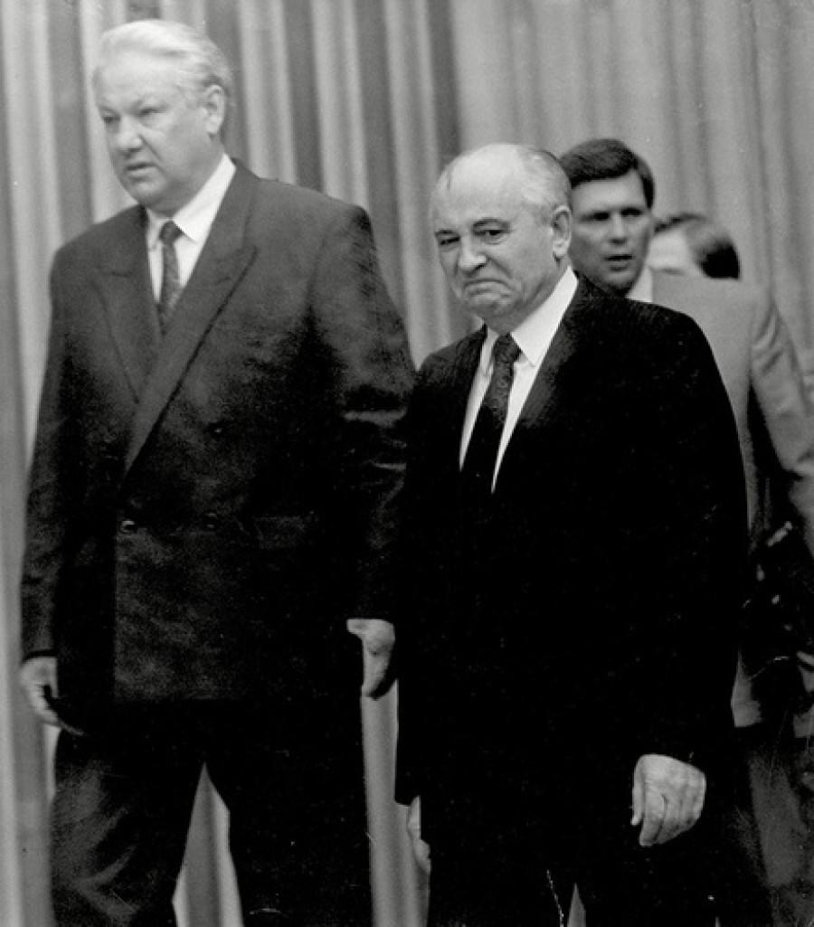 Борис Ельцин и Михаил Горбачев