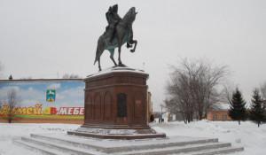 Памятник Петру I в Бийске.