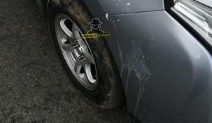 В Барнауле школьники забросали автомобили яйцами и луком