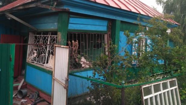 Дом, в котором произошел хлопок газовоздушной смеси.