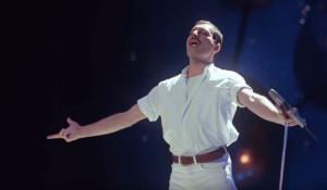 Кадр из клипа Фредди Меркьюри.