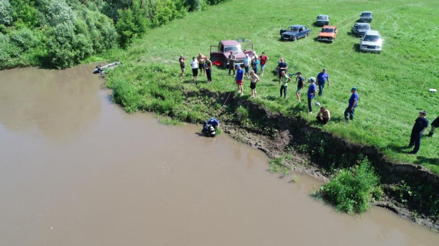 Поиски пропавших детей на реке Песчаная.
