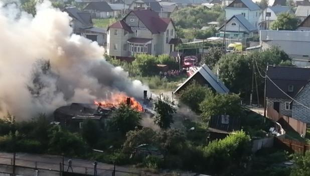 Пожар в Барнауле 13 июля.