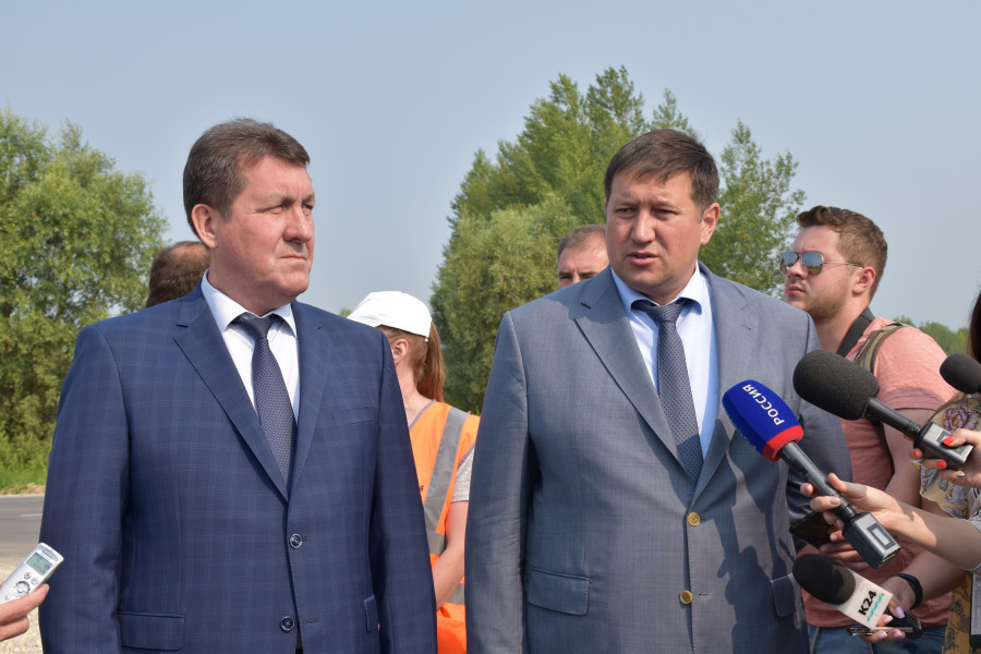 В Барнауле впервые за 30 лет капитально отремонтировали дорогу в Затон.