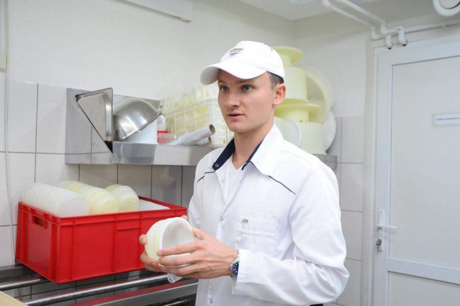 """Антон Жданов, создатель """"Логовской сыроварни"""""""