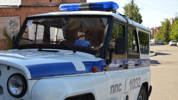 Полиция, патрульная машина.