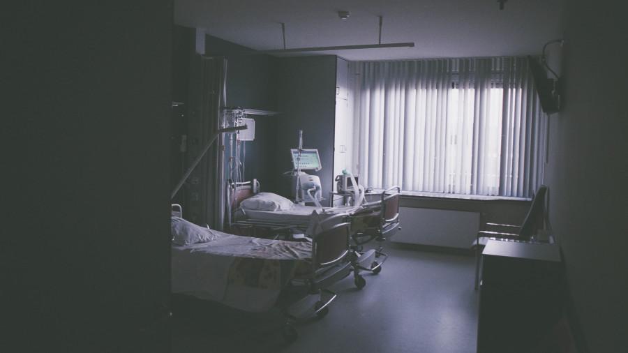 Врачи, больница