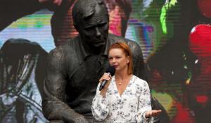 Алиса Гребенщикова на открытии Шукшинского фестиваля-2019 в Барнауле.