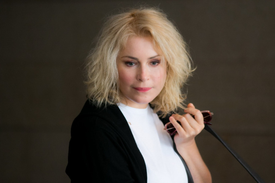 """Мария Шукшина.  Пресс-конференция артистов спектакля """"Калина красная""""."""