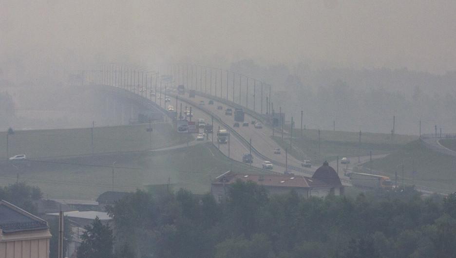 Специалисты расказывают, насколько опасен смог в Барнауле для местного населения