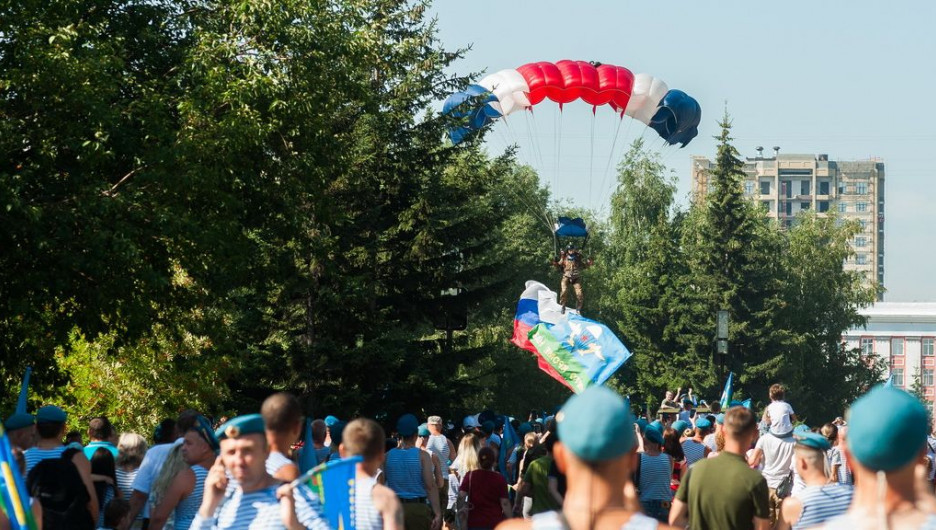 День ВДВ в Барнауле. 2019 год.