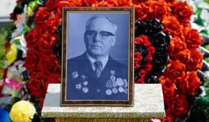 Захоронение праха Евгения Доильницына в Заринске 7 августа.