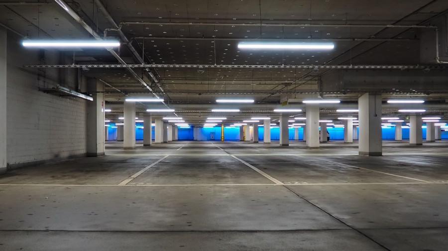 Подземная парковка.