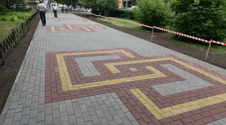 Тротуарная плитка на пр. Социалистическом.