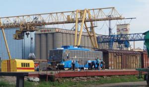 В Рубцовск привезли новый современный троллейбус.