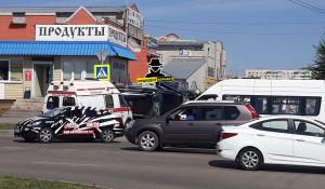 На ул. Балтийской перевернулся Lexus.