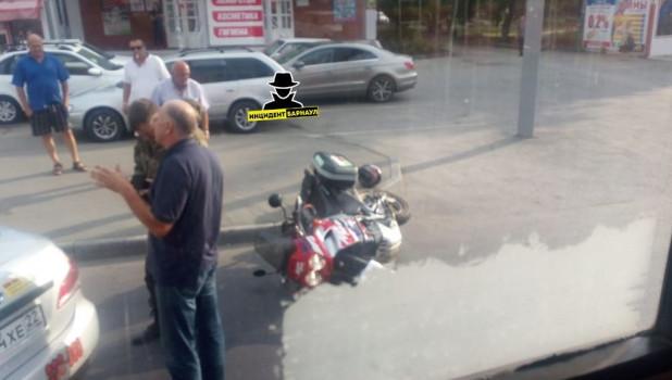 ДТП с мотоциклистами.