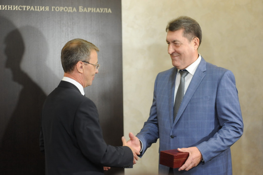 Торжественные проводы Сергея Дугина в отставку.