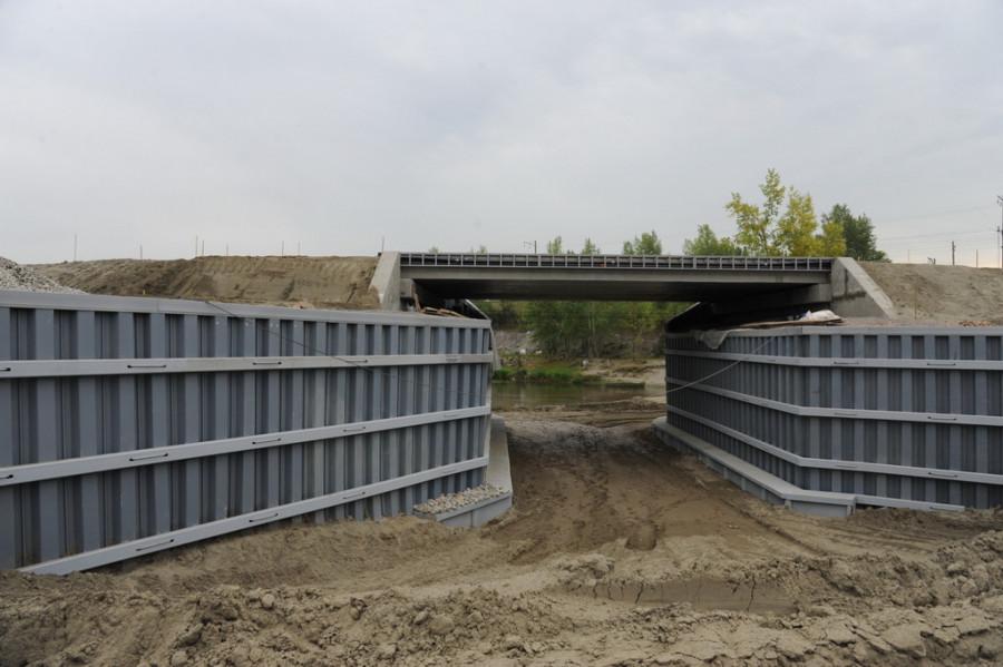 Строительные работы на барнаульском гребном канале