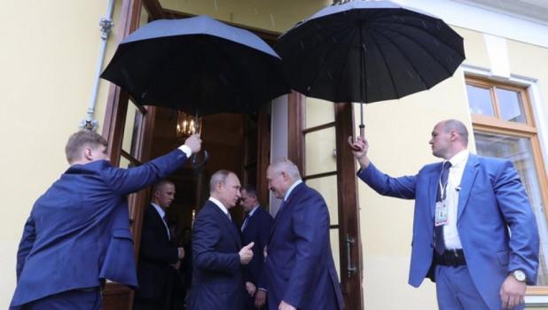 В Кремле рассказали о здоровье Путина после сообщения о коронавирусе у Лукашенко