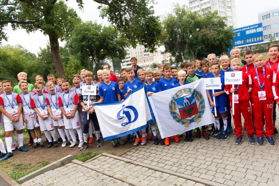 Международный детский турнир по футболу в Парке спорта.