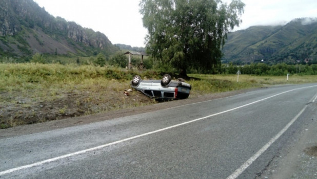 ДТП на 45 километре автодороги «Усть-Сема-Чемал-Куюс».
