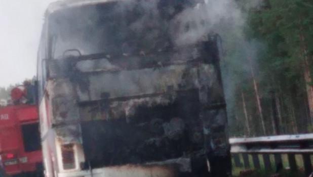 Сгорел автобус.