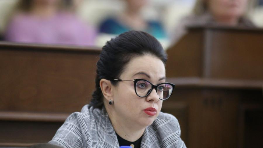 Ксения Белоусова.