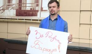 Генплан поддержал одинокий общественник Илья.