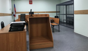 В зале суда. Октябрьский районный суд Барнаула.