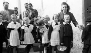 Барнаульцы идут в школу. 1959 год.