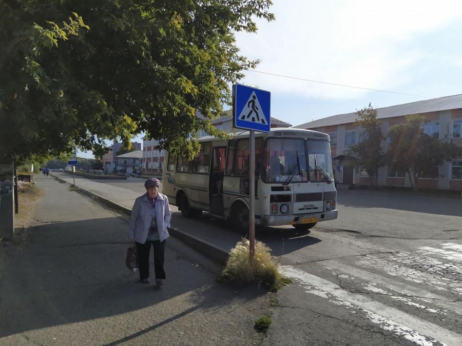 Автобус в Камне-на-Оби.