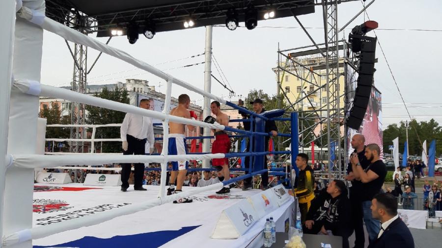 Турнир по профессиональному боксу «Великий бой на Великом Алтае».