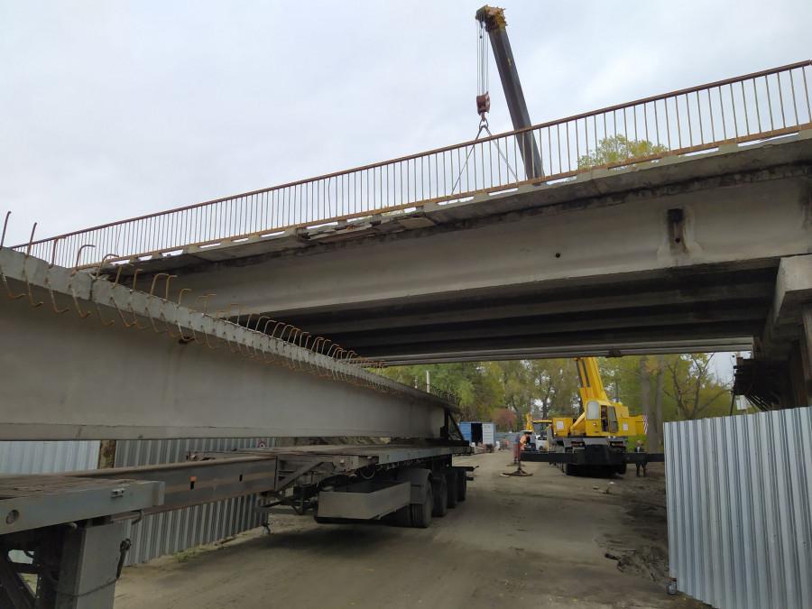 Работы на дороге в объезд Барнаула.